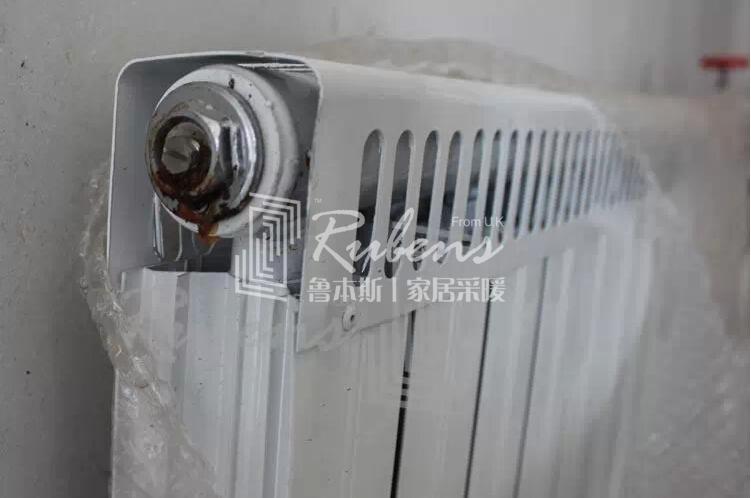 鲁本斯:暖气片安装图文教程攻略1